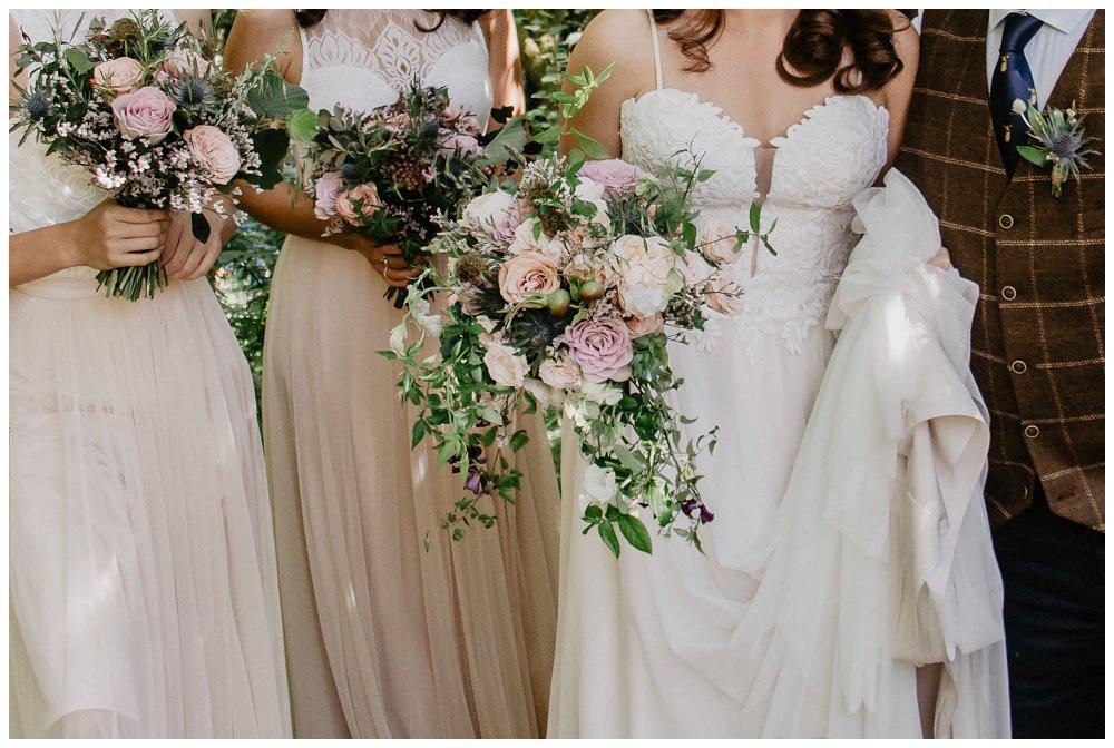personalising wedding bouquet