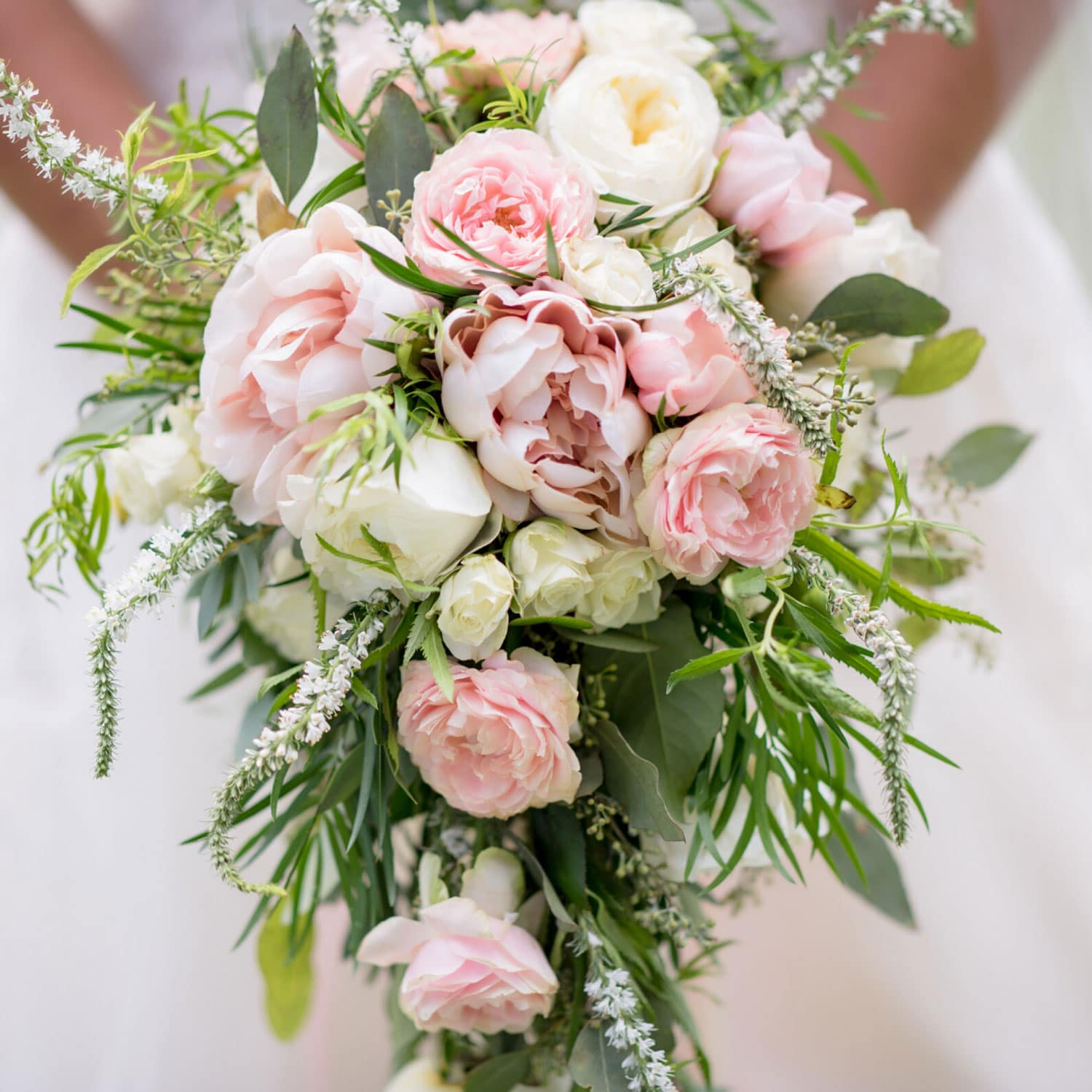 secrets on how to personalise your wedding bouquet