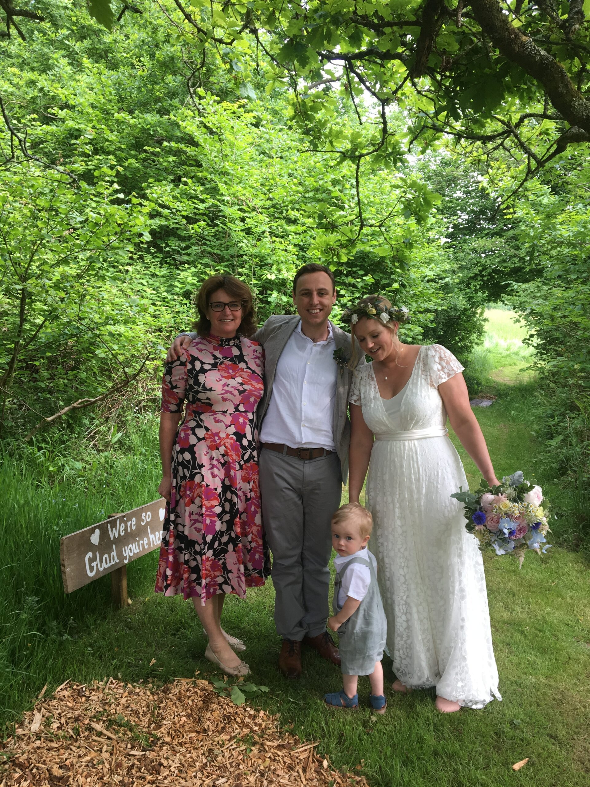 4 reasons not to use a wedding celebrant