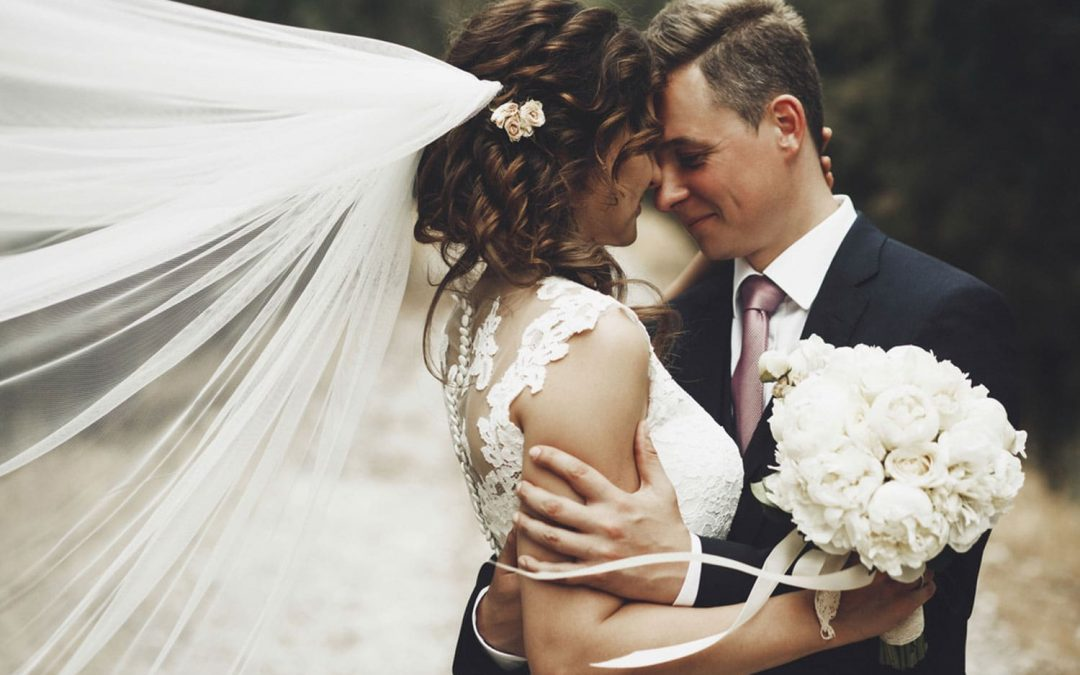Why you should combine a celebrant led ceremony with a basic registry office legal marriage